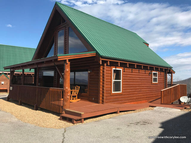 A Wheelchair Accessible Cabin In The Great Smoky Mountains