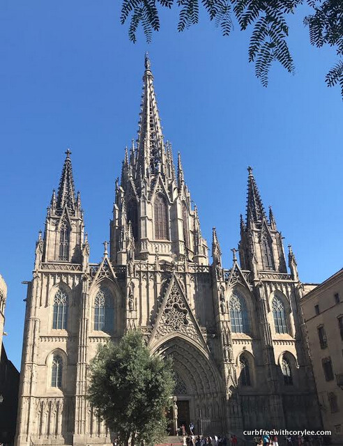Barcelona wheelchair access guide, things to do in barcelona, barcelona tourist information, wheelchair accessible barcelona, barcelona travel guide, barcelona cathedral