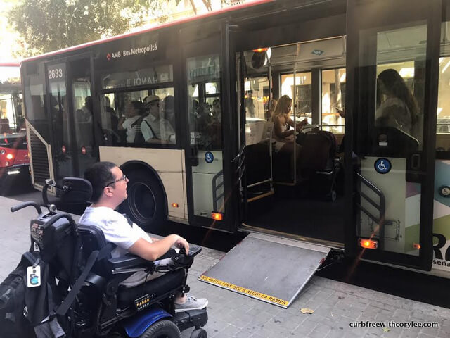 Barcelona wheelchair access guide, things to do in barcelona, barcelona tourist information, wheelchair accessible barcelona, barcelona travel guide, bus accessibility barcelona